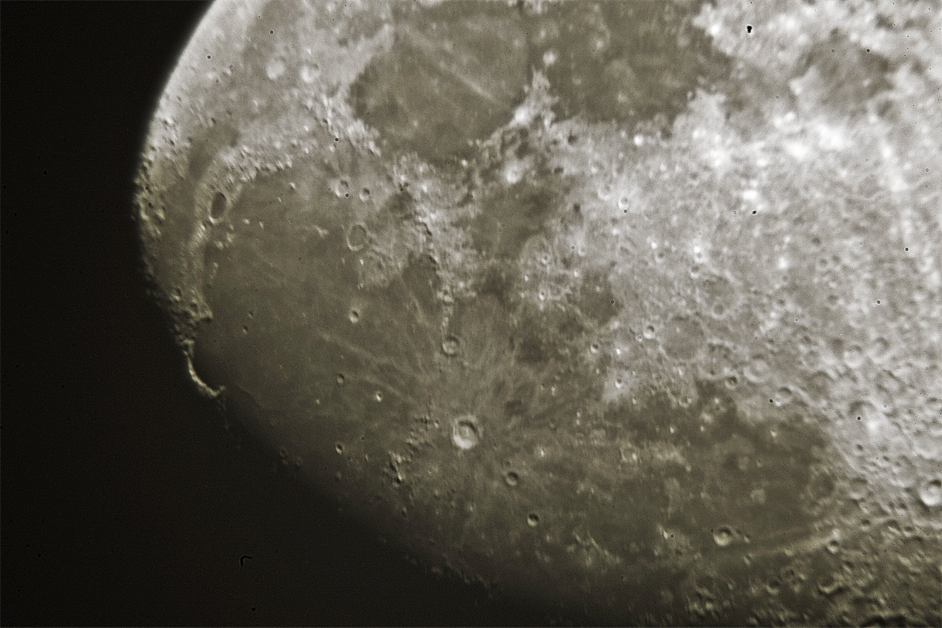 Astéroide lunaire 2