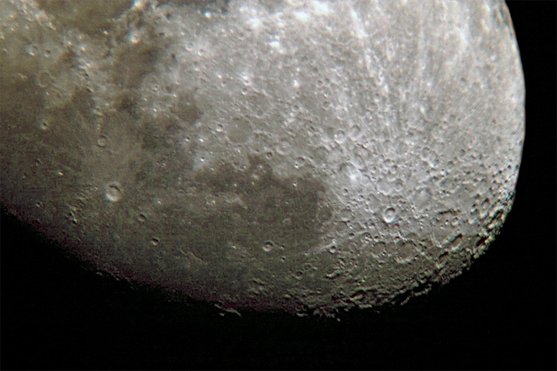 Astéroide lunaire
