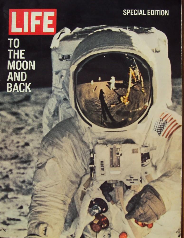 Reflet de Neil Armstrong sur le casque de Buzz Aldrin