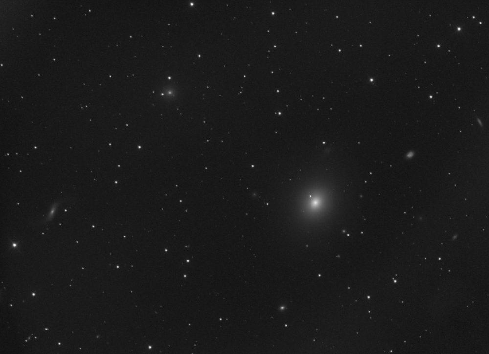 Messier 49 dans la Vierge