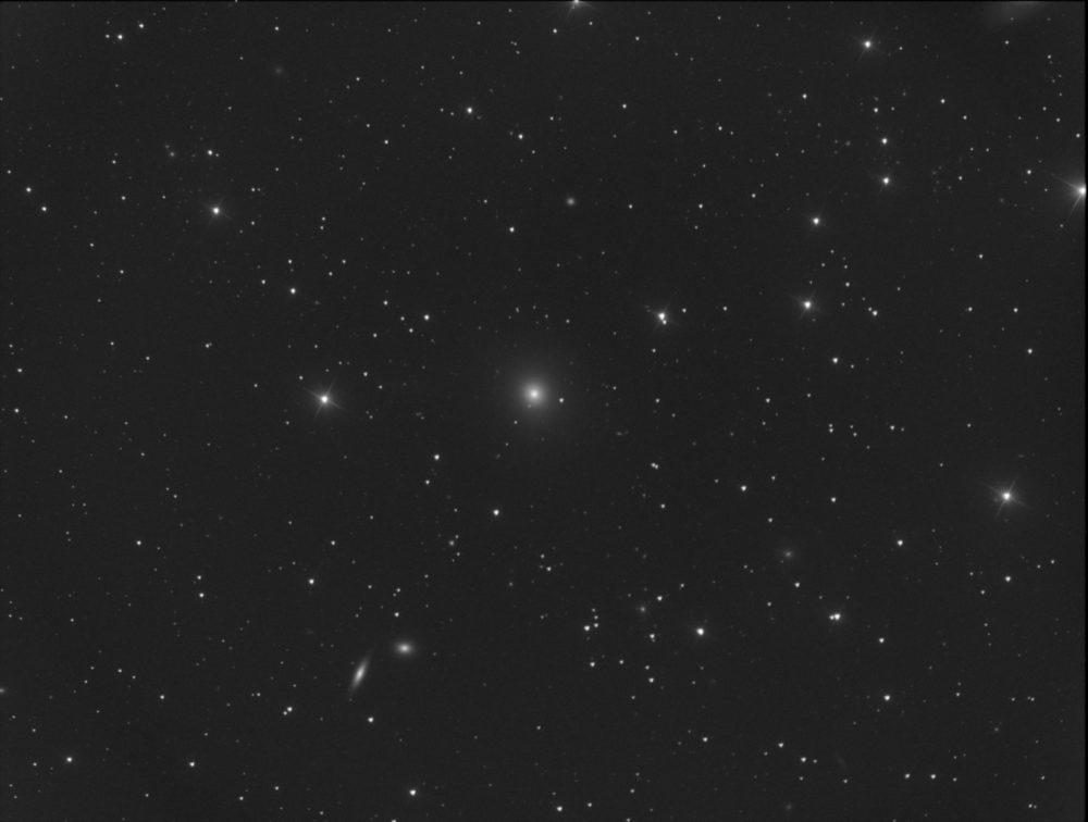 Messier 89 dans la Vierge