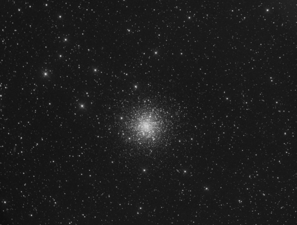Messier 12 dans la constellation d'Ophiuchus