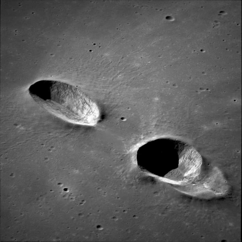12-AS11-42-6305_Messier_and_Messier_A_craters_Moon
