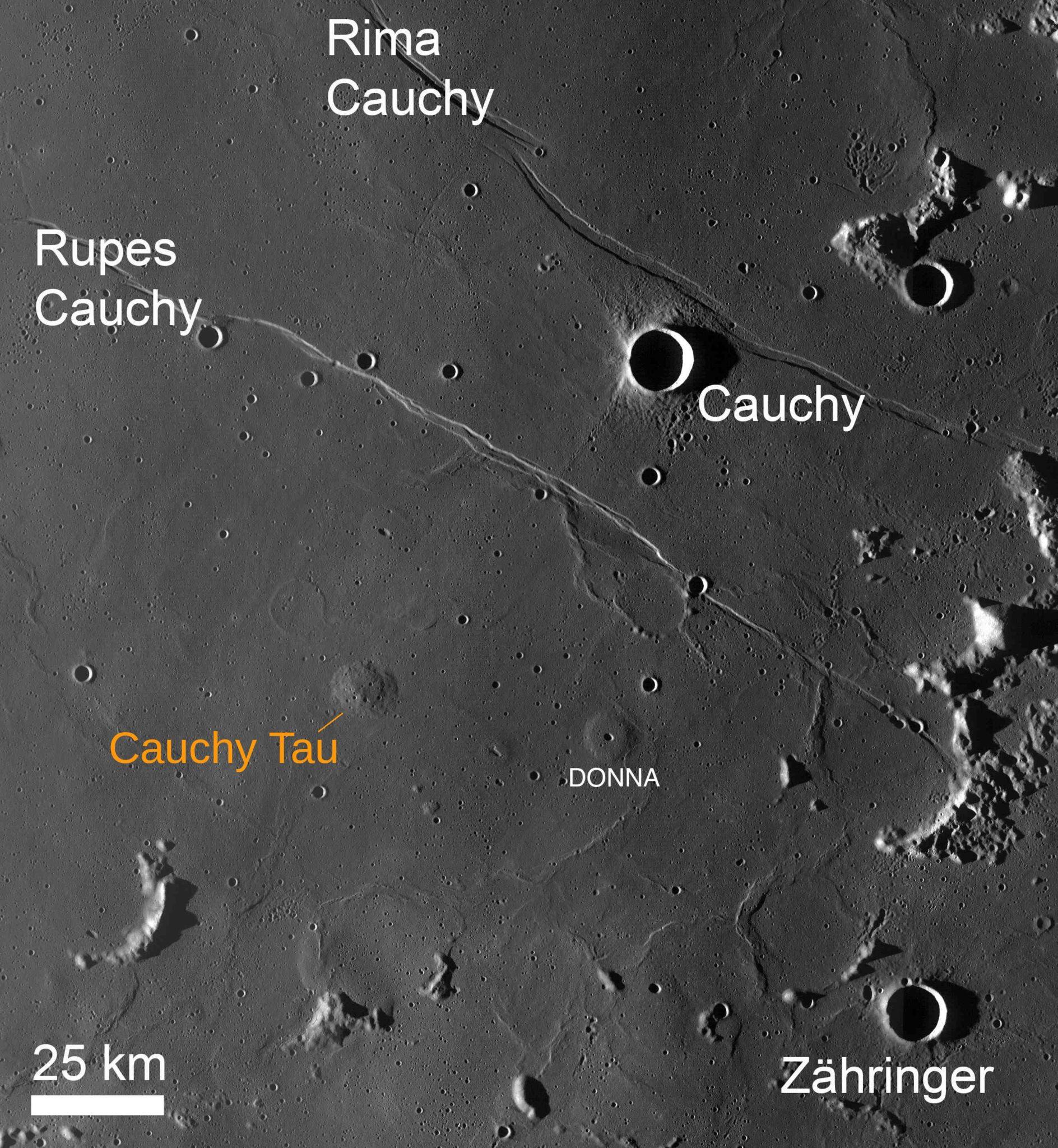 Cauchy et alentours - Image LRO